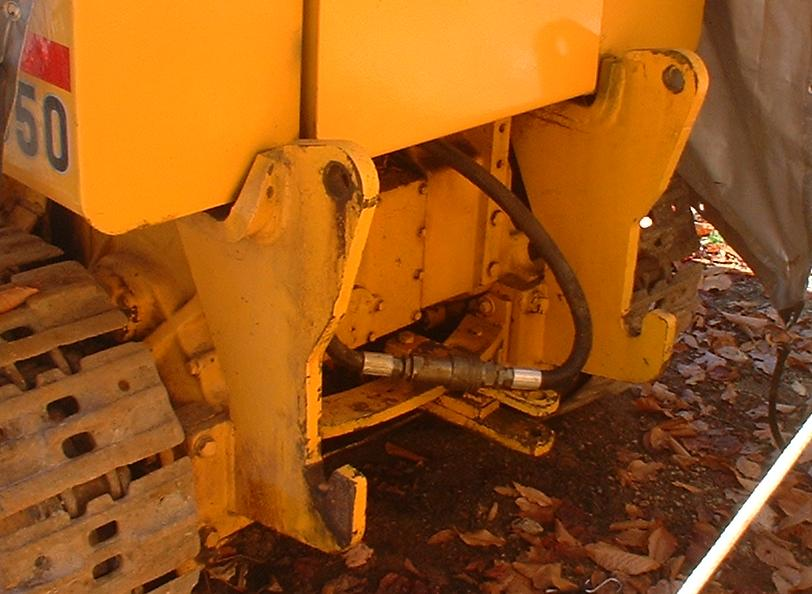How can I tell what backhoe model will fit my 450C crawler/l